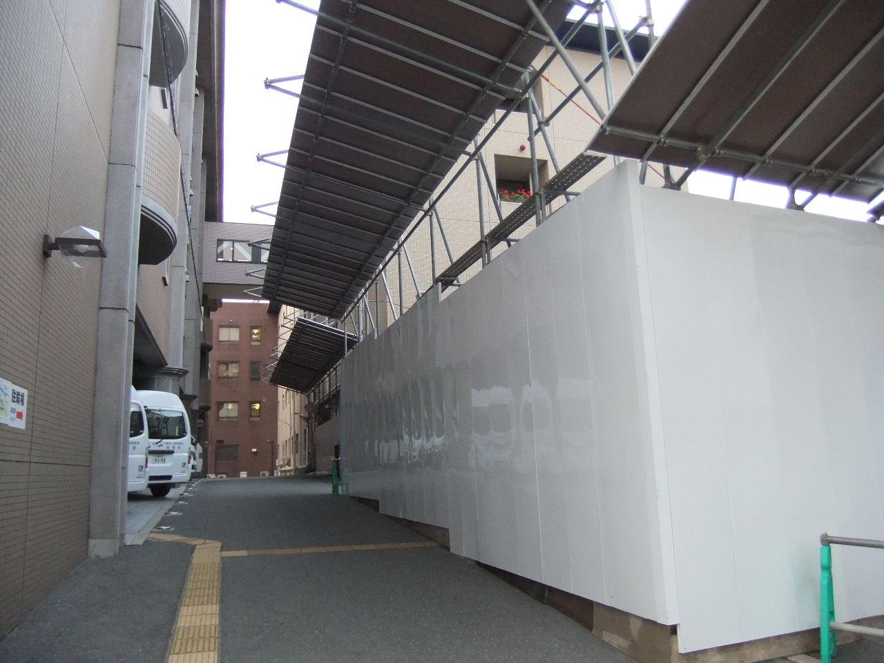 2011_05170076