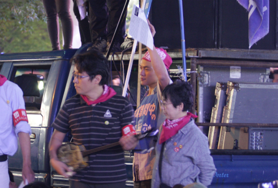 201110085t8
